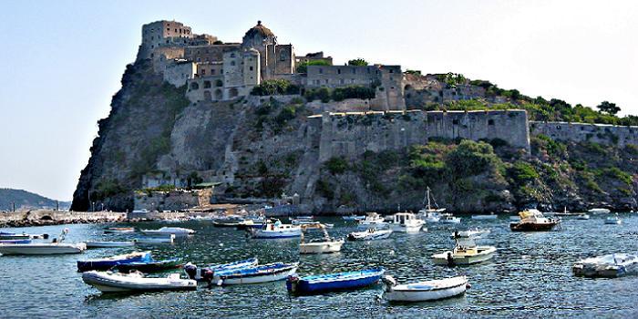 Bild von der Festung Castello Aragonese