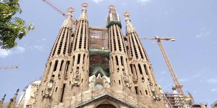 Außenansicht von der Kirche Sagrada Família