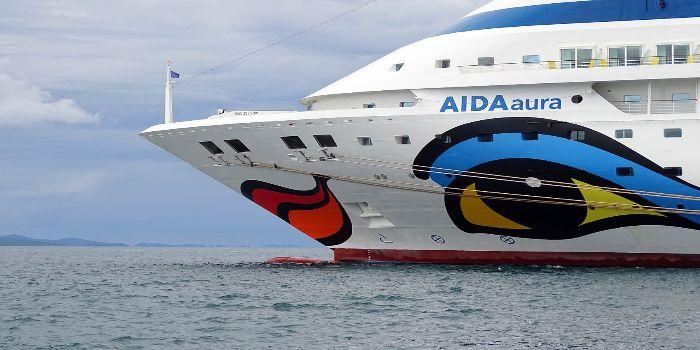 Bild vom Bug des Schiffes Aida Aura