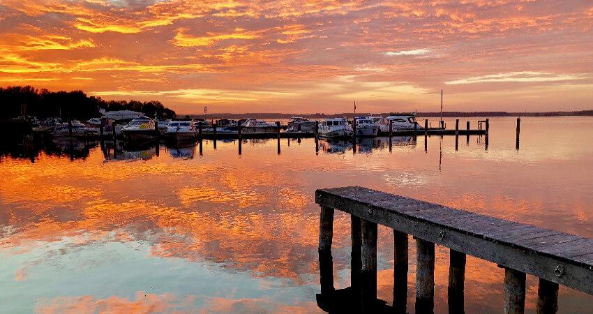 Bild von einem Sonnenuntergang am Fleesensee